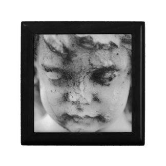 Face of a cherub gift box
