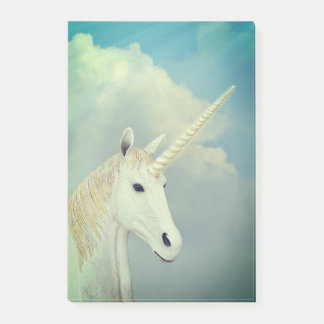 Face Of The Unicorn Post-it Notes