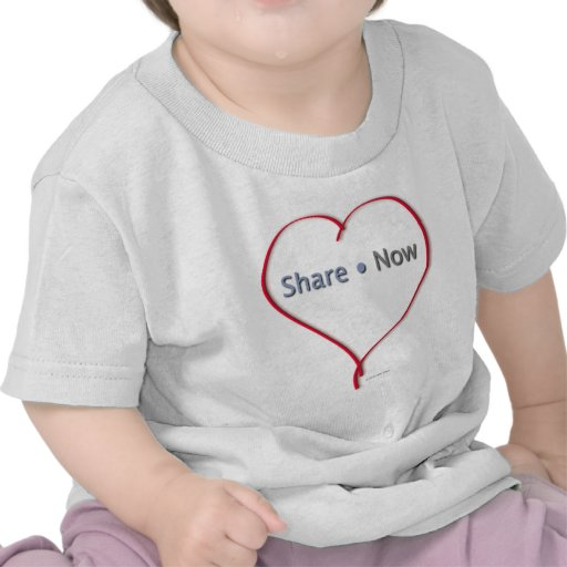Facebook Heart - Share Now T-shirts
