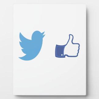 Facebook Twitter Display Plaque