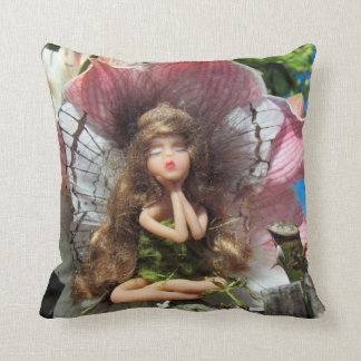 Faeries and Lillies (Fairy Pillow 5)