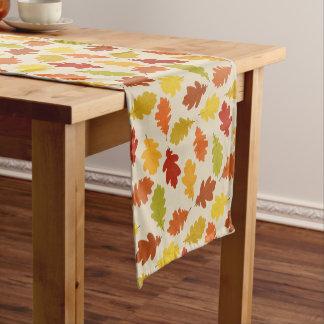 Fall Oak Leaves Beige Table Runner