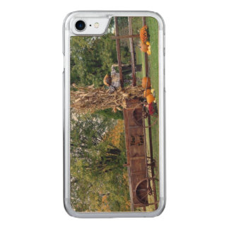 Fall Scene Old-Time Farm Cart, Scarecrow, Pumpkins Carved iPhone 8/7 Case