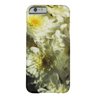 Fall-Themed Case - White Chrysanthemums