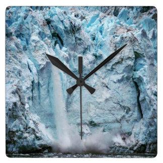 Falling Ice Clock