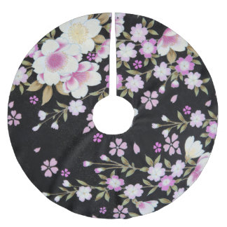 Falln Cascading Pink Flowers Brushed Polyester Tree Skirt