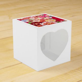 Falln Red Floral Burst Favour Box