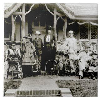 Family Group, c.1900 (b/w photo) Large Square Tile