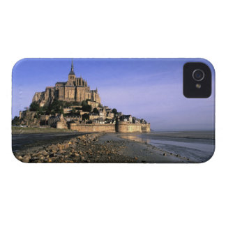 Famous Le Mont St. Michel Island Fortress in iPhone 4 Cover