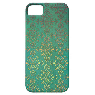 Fancy Green and Gold Damask iPhone 5 Cover