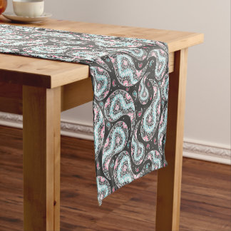 Fantasy paisley pattern short table runner