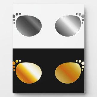 Fashion eye wear photo plaque