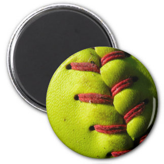 Fastpitch Softball Seam 6 Cm Round Magnet