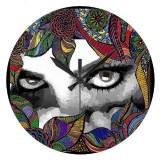 Fear in her eyes Clock