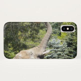 Feeding Elephant iPhone X Case