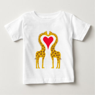 fell in love giraffes baby T-Shirt
