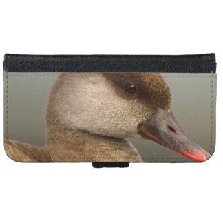 Female pochard duck, netta rufina iPhone 6 wallet case
