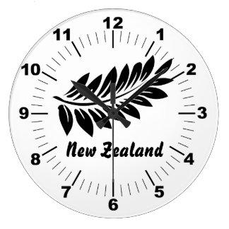 Fern leaf large clock