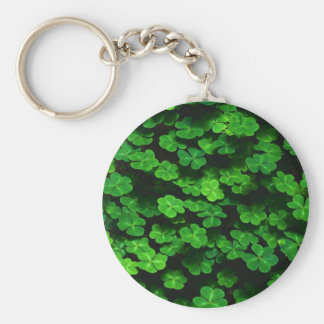 Field Of Green Shamrock Clover Basic Round Button Key Ring