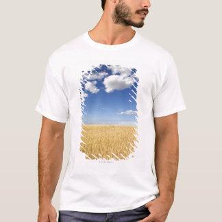 Field of wheat T-Shirt