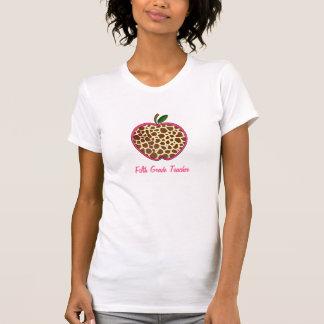 Fifth Grade Teacher - Giraffe Print Apple T-Shirt