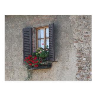 finestra di villa postcard