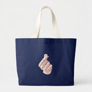 Finger-Heart Bag