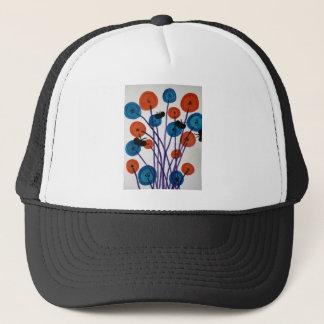 Fiore pulsante con le farfalle trucker hat