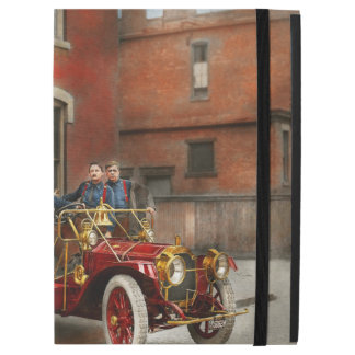 """Fire Truck - The flying squadron 1911 iPad Pro 12.9"""" Case"""