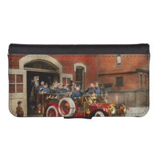 Fire Truck - The flying squadron 1911 iPhone SE/5/5s Wallet Case