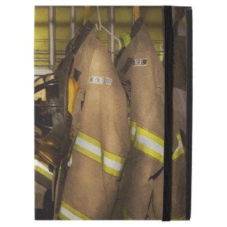 """Firefighter - Bunker Gear iPad Pro 12.9"""" Case"""