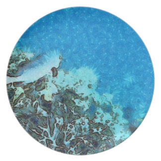 Fish moving over the reef plate