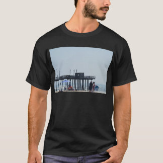 fishing peer T-Shirt