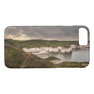 Flamborough Head and Selwicks Bay souvenir photo iPhone 8/7 Case