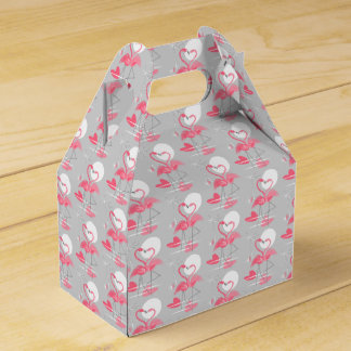 Flamingo Love favor box gable tiled