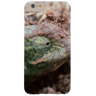 Flap-Necked Chameleon 2 Barely There iPhone 6 Plus Case