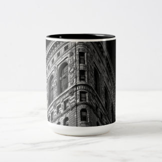 Flatiron Building in Manhattan, NYC Two-Tone Coffee Mug