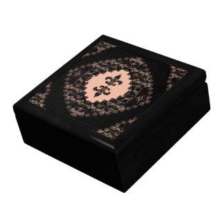 FLEUR-DE-LIS: LACE LARGE SQUARE GIFT BOX