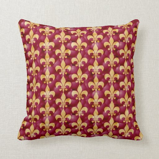 Fleur-de-Lis pattern in red and gold Throw Pillow