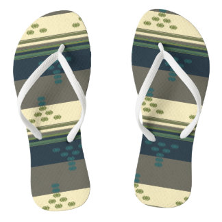 FlipFlops Bathroom Aztec Kilim Cutshuttle