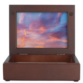 flirty sky keepsake box