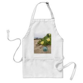 Float with yellow ice plant aprons