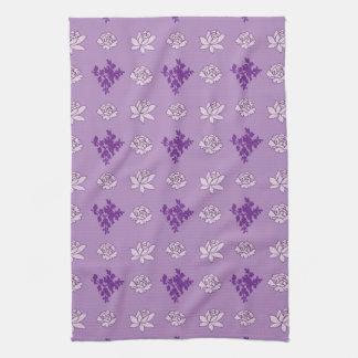 Flora pattern kitchen towels