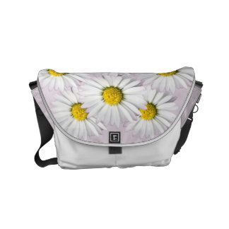 Floral arrangement of white and yellow daisies messenger bag