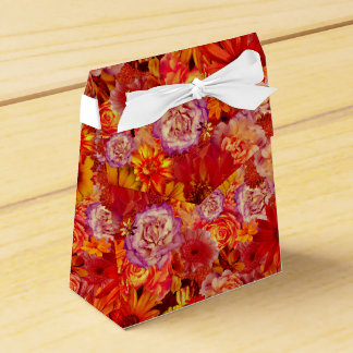 Floral Bright Rojo Bouquet Rich Red Hot Daisies Favour Box