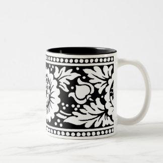 Floral Design Mug 2 in Black White