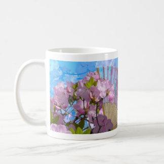 Floral Fan Basic White Mug