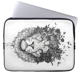 Floral lion (blackandwhite) laptop sleeve