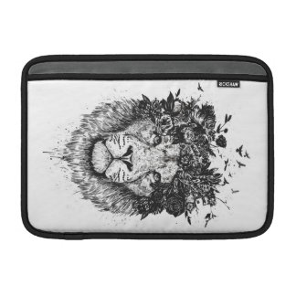 Floral lion (blackandwhite) sleeve for MacBook air
