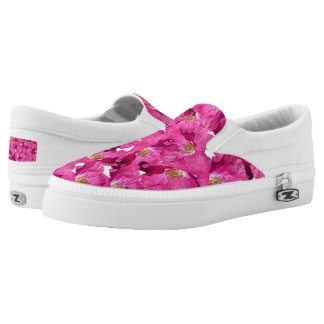 Floral poppies pink pattern. Slip-On shoes